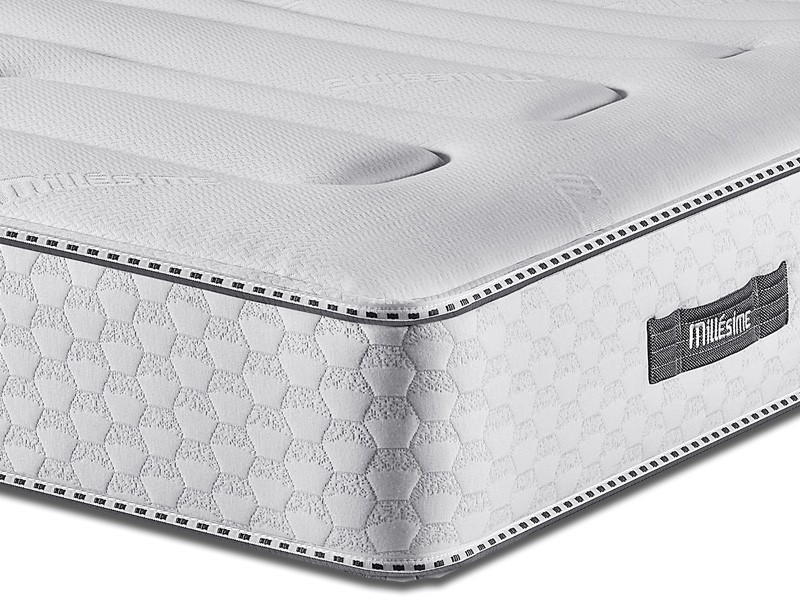 matelas 160x200 simmons millesime 2012. Black Bedroom Furniture Sets. Home Design Ideas